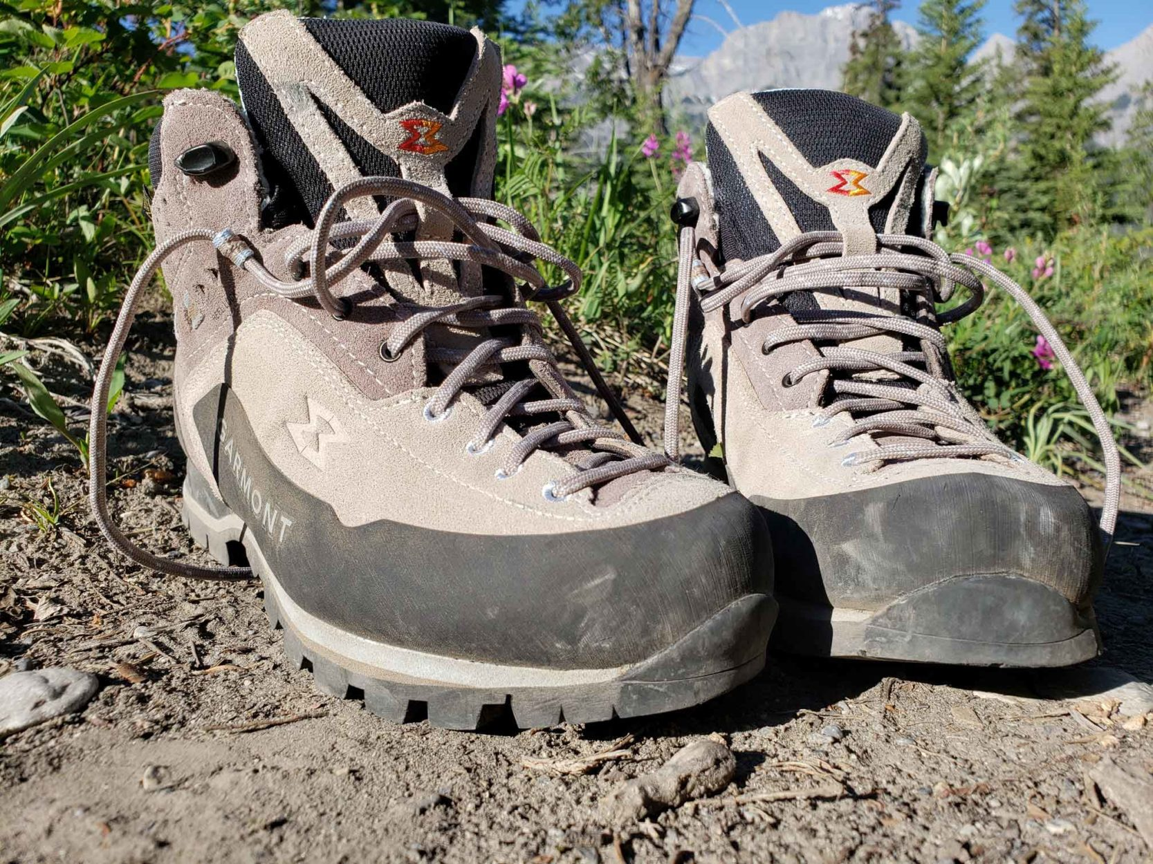 Buying Hiking Boots from Kumpfy Shoes Main Photo