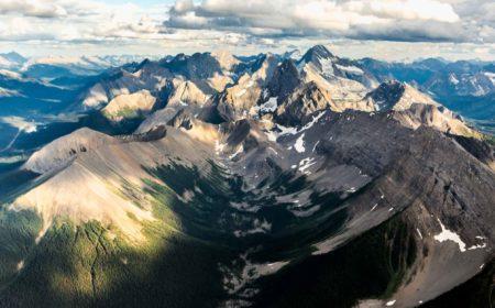 16 Wild Adventures in the Canadian Rockies