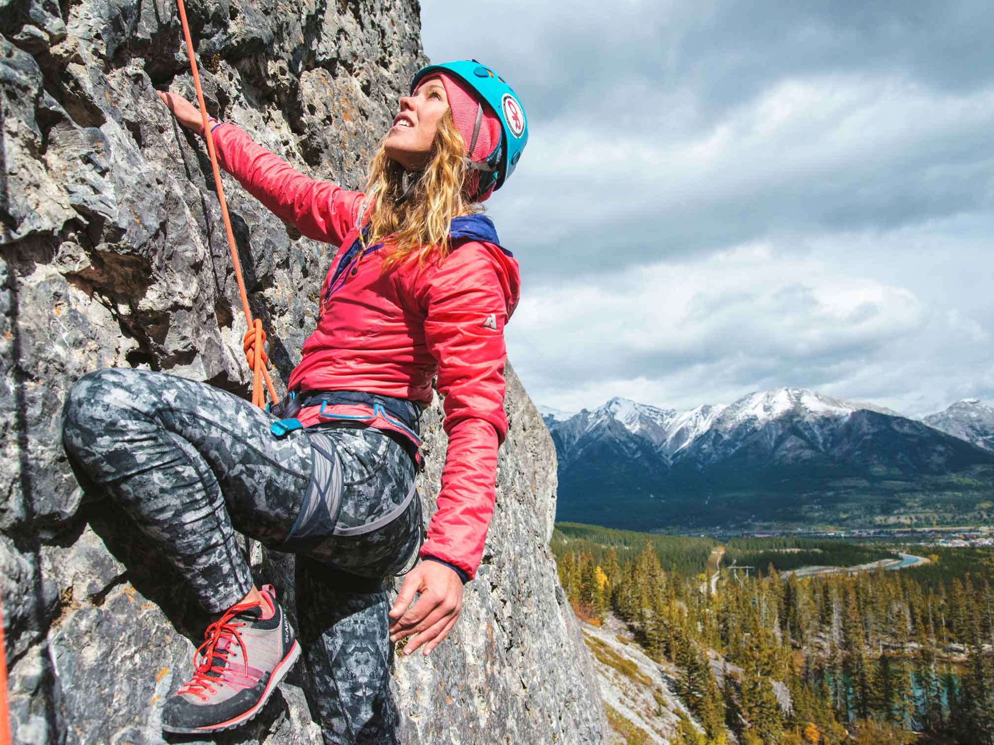 Climbing-in-Canmore-by-Victoria-Wakefield-@hike365