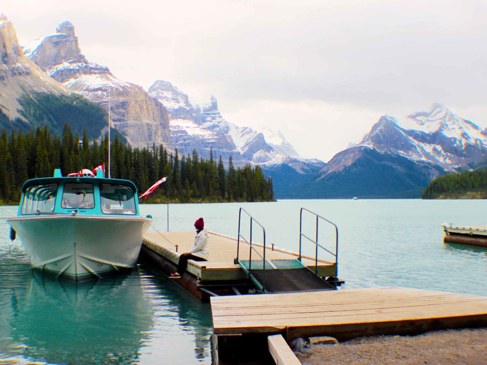 Riding the waves with a Maligne Lake Boat Cruise Main Photo