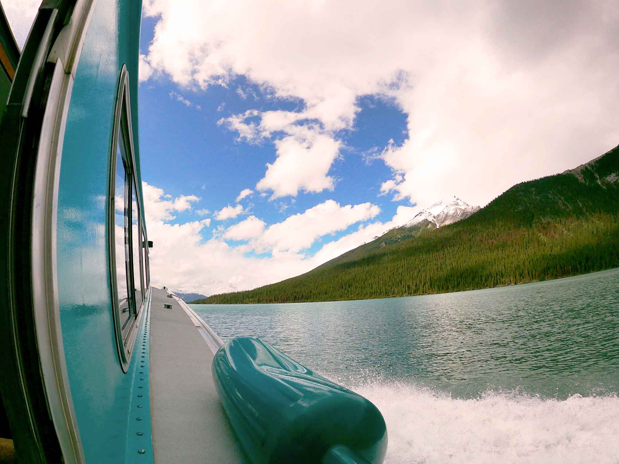 Maligne Lake Boat with waves
