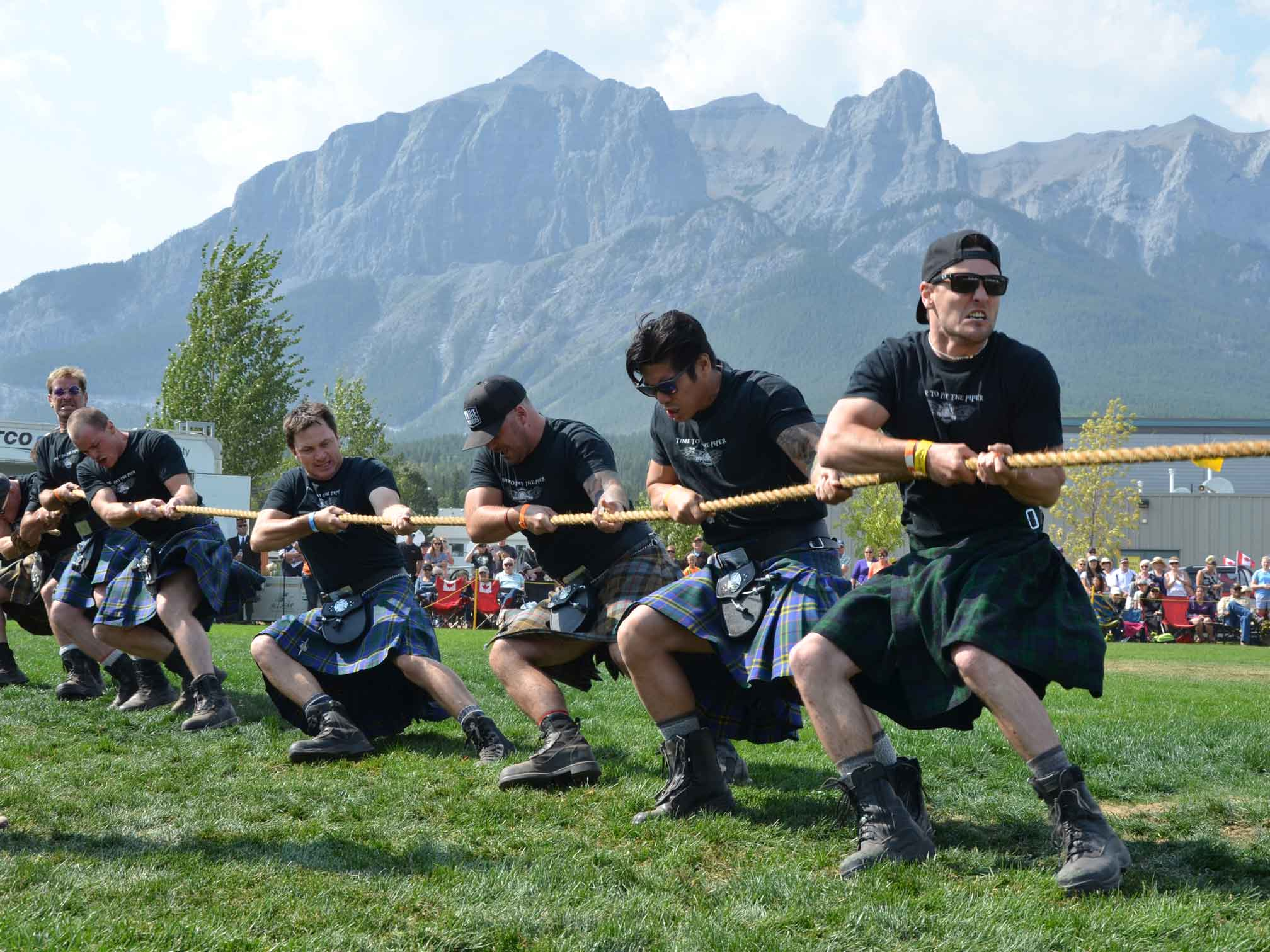 Tug of war at Canmore Highland Games