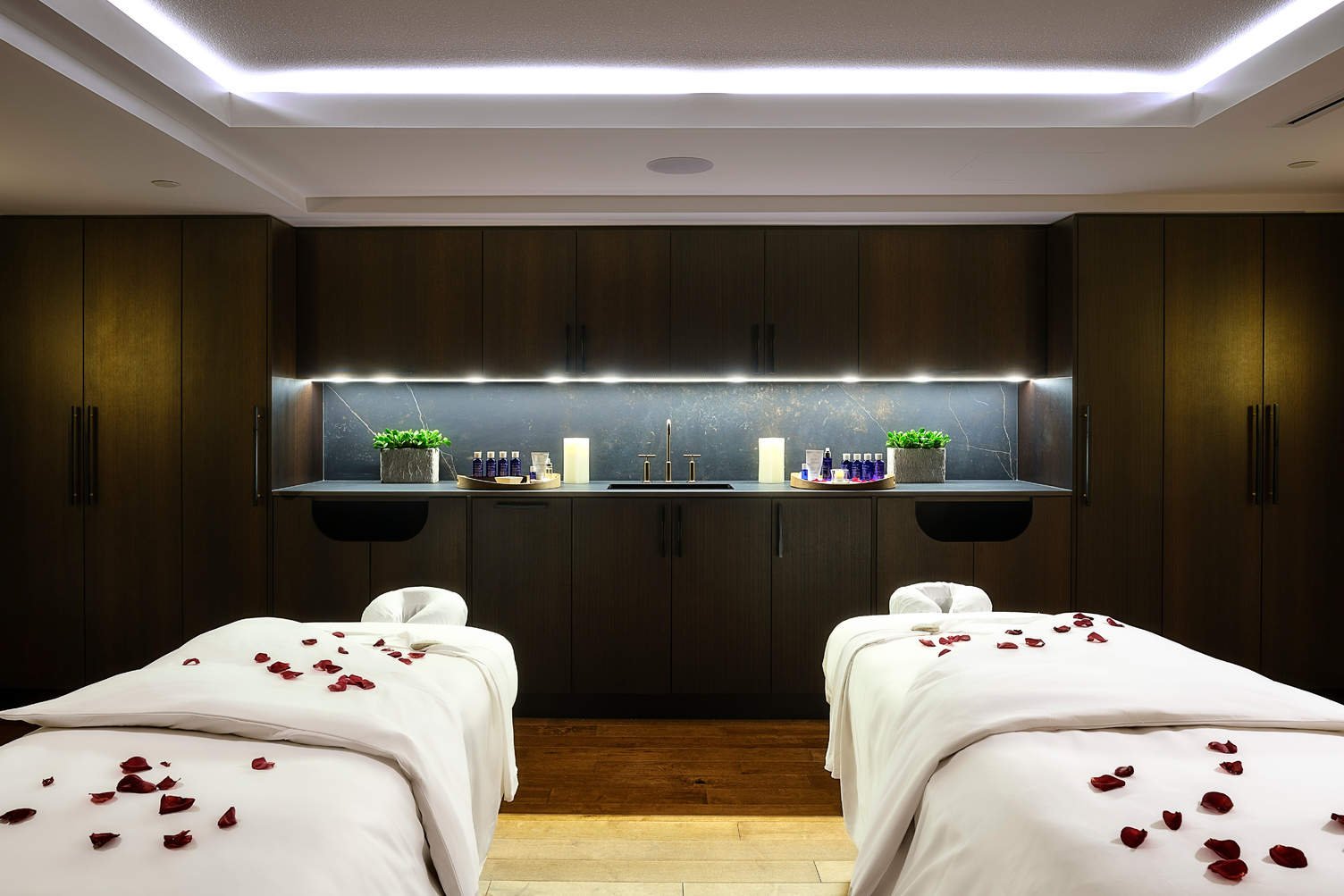 The Willow Stream Spa Deluxe Couples Treatment Room