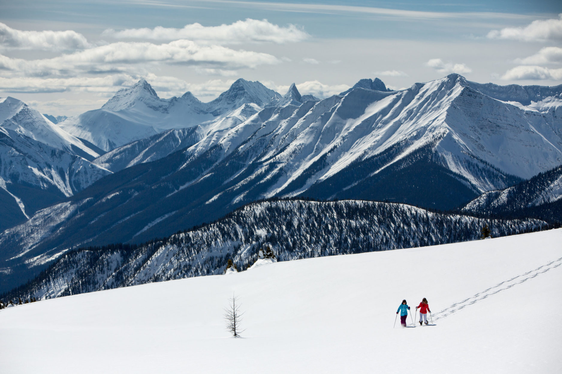 15 Things to do in the Mountains this Winter Without Skis on Where Rockies